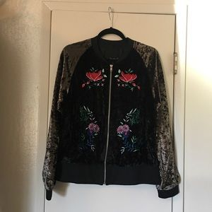 Signature8 Black Bomber Jacket With Embroidery